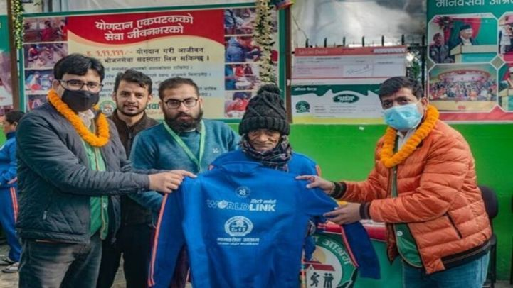 WorldLink Distributed Warm Clothes to 1100 Homeless Persons